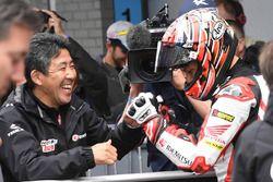 中上貴晶と岡田忠之監督(IDEMITSU Honda Team Asia)