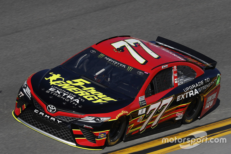 #77: Erik Jones, Furniture Row Racing, Toyota