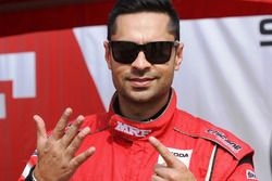 Winner Gaurav Gill, Team MRF