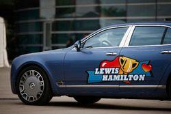 Bentley im Design von Lewis Hamilton