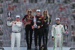 Podyum: Yarış galibi Patrick Long, Wright Motorsports, 2. Adderly Fong, Absolute Racing, 3. Johnny O