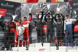 Podium Silver Cup : les vainqueurs Edward Sandström, Fabian Schiller, HTP Motorsport