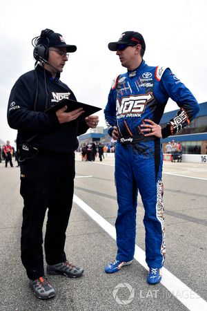 Kyle Busch, Joe Gibbs Racing Toyota and Eric Phillips
