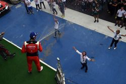 Podium: Pepe Oriola, Lukoil Craft-Bamboo Racing, SEAT León TCR