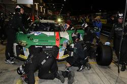 №29 Audi Sport Team Land-Motorsport, Audi R8 LMS: Кристофер Мис, Коннор де Филиппи, Маркус Винкельхо