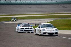 #72 MP2A Porsche GT3, Warren Cooper, Shane Lewis, MGM Motorsports, #08 MP2B BMW E46, Michael Camus ,