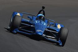 Хуан-Пабло Монтойя тестирует машину Chevrolet IndyCar 2018 года
