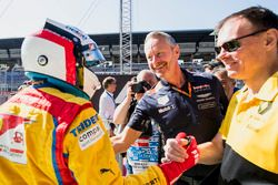 Segundo, Giuliano Alesi, Trident, con Jonathan Wheatley, Race Team, Red Bull Racing, Alan Permane, R