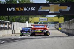 #14 TA2 Ford Mustang, Matt Parent, Mike Cope Racing, #9 TA2 Chevrolet Camaro, Keith Prociuk