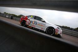 Aron Taylor-Smith, Triple Eight Racing, MG Motor MG6GT