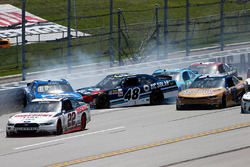 Daniel Suarez, Joe Gibbs Racing Toyota, Brennan Poole, Chip Ganassi Racing Chevrolet, Matt Tifft, Joe Gibbs Racing Toyota crash