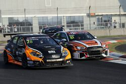 Aurélien Panis, Boutsen Ginion Racing, Honda Civic Type-R TCR, Zhendong Zhang, ZZZ Team, Audi RS 3 LMS TCR
