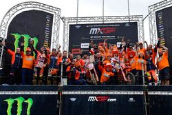 Celebración del doblete de KTM en MXGP y MX2