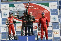 Podio Gara1: il vincitore Ivan Bellarosa, il secondo classificato Simone Patrinicola, il terzo classificato Ranieri Randaccio, SCI Team