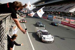 Race winner #911 Herberth Motorsport Porsche 991 GT3 R: Daniel Allemann, Ralf Bohn, Robert Renauer,