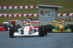 Ayrton Senna, McLaren MP4/8 Ford; Michael Schumacher, Benetton B192B Ford