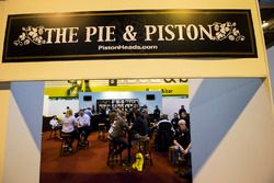 Pie & Piston