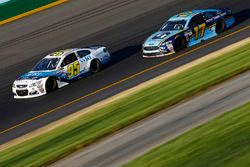 Michael McDowell, Leavine Family Racing Chevrolet, Ricky Stenhouse Jr., Roush Fenway Racing Ford
