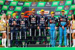 Podium: race winners Shane van Gisbergen, Alexandre Prémat, Triple Eight Race Engineering Holden, se