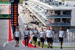 Romain Grosjean, Haas F1 Team y sus compañeros