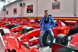 Vincenzo Nibali in visita alla Ferrari