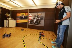 Sergio Pérez, Sahara Force India F1 participa en el Hype Energy Challenge