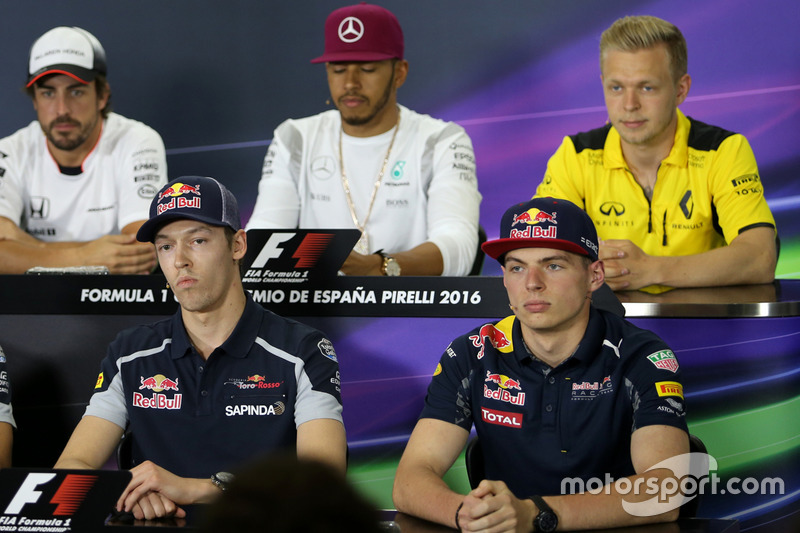 Daniil Kvyat, Scuderia Toro Rosso and Max Verstappen, Red Bull Racing