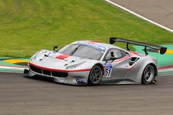 #51 AF Corse Ferrari F488: Thomas Flohr, Francesco Castellacci