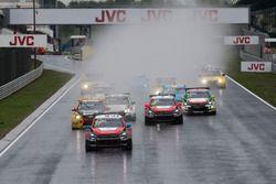El inicio de la carrera: José María López, Citroën World Touring Car Team, Citroën C-Elysée WTCC lea