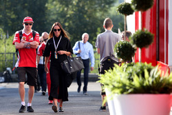 Kimi Raikkonen, Scuderia Ferrari y su esposa wife Minttu