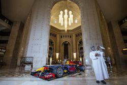 Red Bull Racing tijdens een demonstratie in Oman