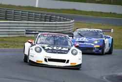 KÜS TEAM75 Bernhard, Porsche 911 GT3 R: David Jahn, Chris van der Drift