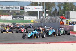 Race 3 start action