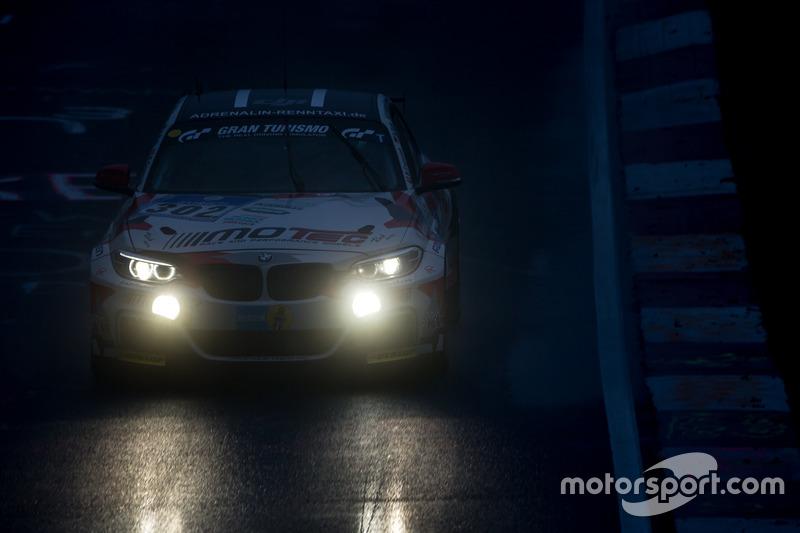 #302 Pixum Team Adrenalin Motorsport, BMW M235i Racing Cup: Bogdan Capusan, Ernst Thriene, Richard M