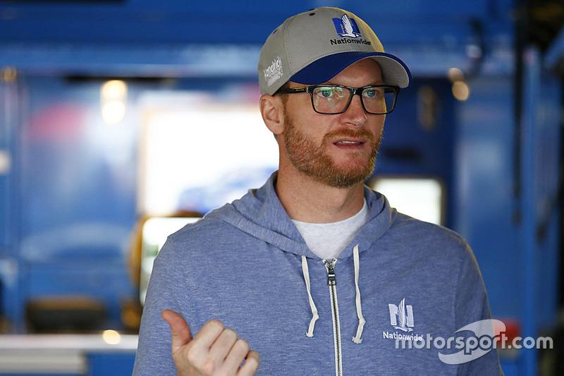 Дейл Ернхардт-молодший, Hendrick Motorsports Chevrolet