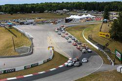 Inicio: #15 Multimatic Motorsports Mustang Boss 302R: Billy Johnson, Scott Maxwell líder