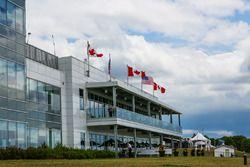 Canadian Tire Motorsport Park media center y zona VIP