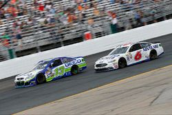 Casey Mears, Germain Racing, Chevrolet; Trevor Bayne, Roush Fenway Racing, Ford