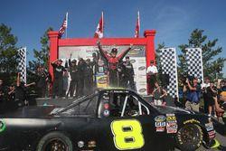 Le vainqueur John Hunter Nemechek, NEMCO Motorsports Chevrolet