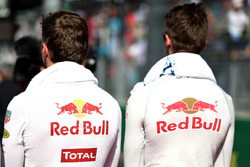 Max Verstappen, Red Bull Racing et Daniil Kvyat, Scuderia Toro Rosso