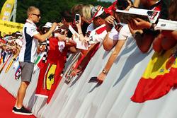 Valtteri Bottas, Williams con fans