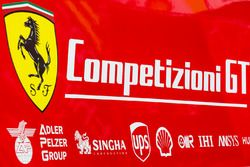Ferrari Competizioni GT trailer y logotipo