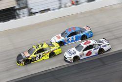 Paul Menard, Richard Childress Racing Chevrolet, Brian Scott, Richard Petty Motorsports Ford, Trevor