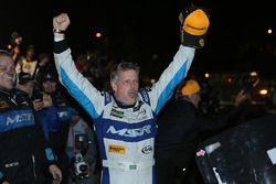 Ganador, Oswaldo Negri Jr., Michael Shank Racing with Curb/Agajanian