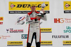 Champion #52 Gordon Shedden, Halfords Yuasa Racing, Honda Civic Type R