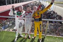 Podium: Sieger José María López, Citroën World Touring Car Team; 2. Tom Coronel, Roal Motorsport; 3.
