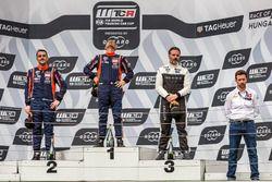 Podium: Race winner Gabriele Tarquini, BRC Racing Team Hyundai i30 N TCR, second place Norbert Michelisz, BRC Racing Team Hyundai i30 N TCR, third place Yvan Muller, YMR Hyundai i30 N TCR