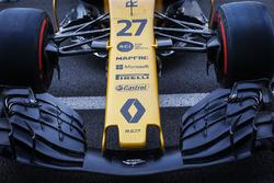 Dettaglio del naso e dell'ala anteriore della monoposto di Nico Hulkenberg, Renault Sport F1 Team RS