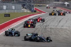 Lewis Hamilton, Mercedes AMG F1 W08, Valtteri Bottas, Mercedes AMG F1 W08, Daniel Ricciardo, Red Bull Racing RB13, Esteban Ocon, Sahara Force India F1 VJM10