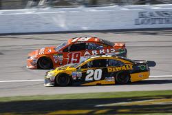 Daniel Suarez, Joe Gibbs Racing Toyota and Matt Kenseth, Joe Gibbs Racing Toyota